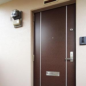ツーロックの玄関ドア