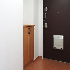 広々玄関|内側