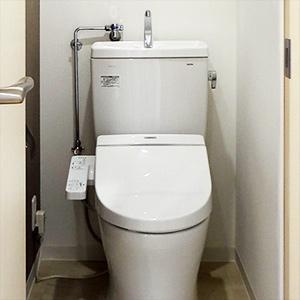 トイレ内も、暖房便座もすべて新品です