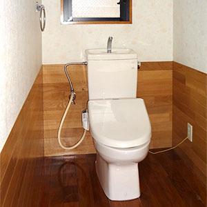 1階、2階にそれぞれ、温水洗浄便座トイレを設けています