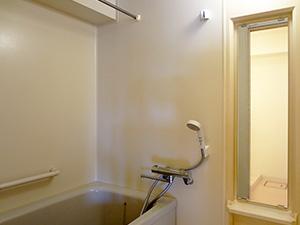 追い炊き機能付きの浴室